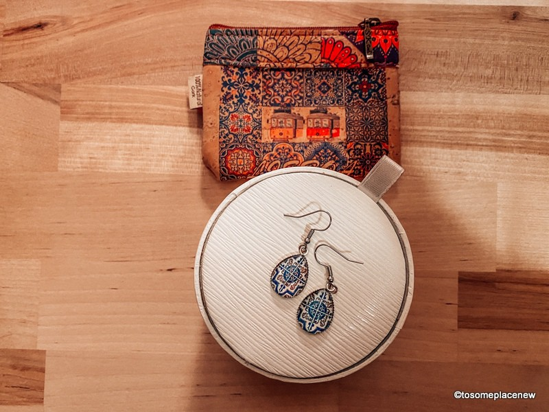 Earrings and cork coin purse Souvenirs from Portugal