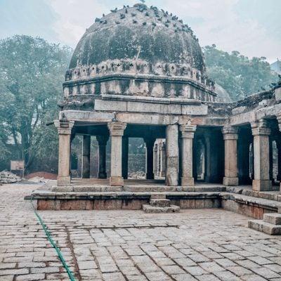 Places to visit in Hauz Khas – Delhi Heritage Walks