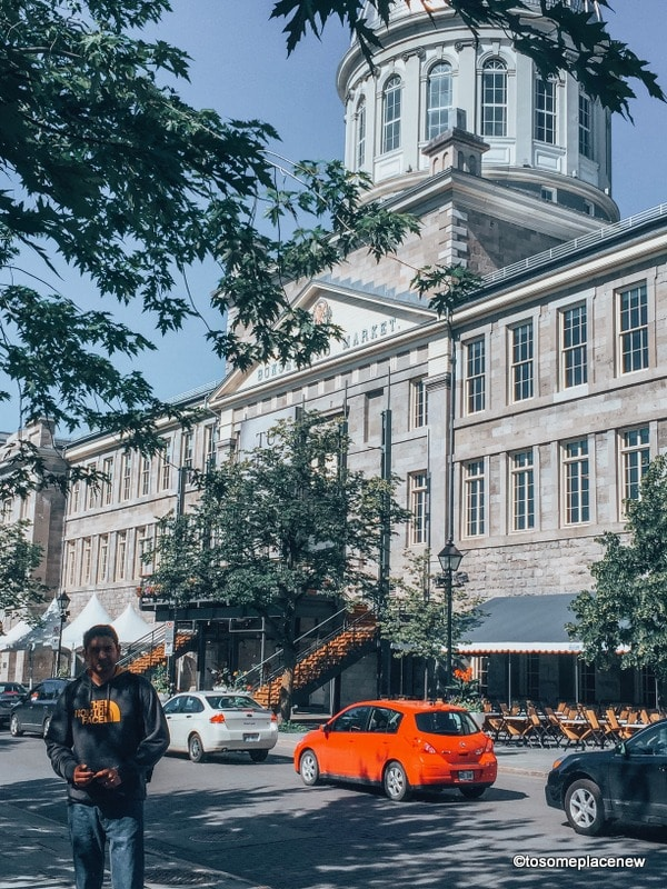 Looking for one day in montreal itinerary? Visit old town and explore beautiful cathedral, old port, stunning colorful lanes and a square full of history.