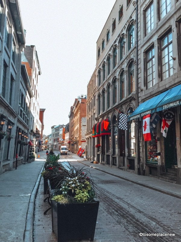 Saint Paul Street Montreal. Looking for one day in montreal itinerary? Visit old town and explore beautiful cathedral, old port, stunning colorful lanes and a square full of history.