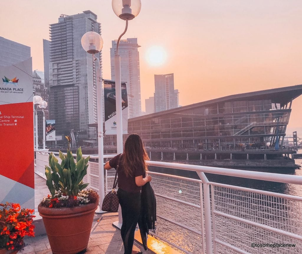 The perfect 2 days in Vancouver Itinerary (or weekend) is here. Visit the Canada Place, Stanley Park, Granville Island, Capilano Suspension Bridge & more