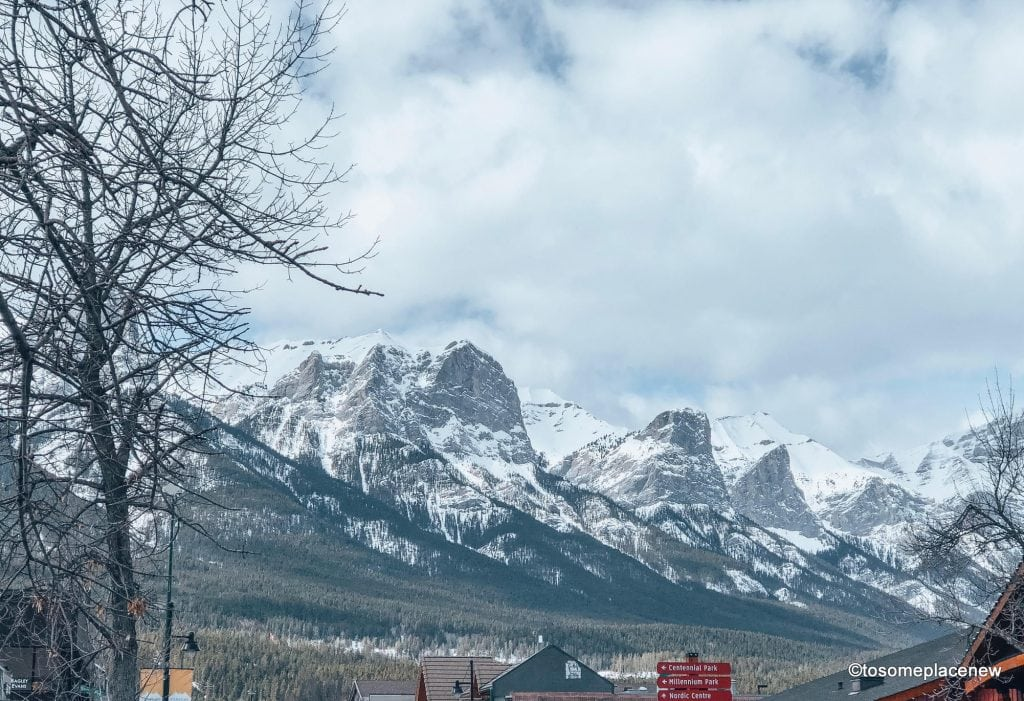 Guide to Canmore activities. Canmore offers amazing views of Canadian Rockies from anywhere in town. Perfect for slow travel, easy hikes and relaxation.