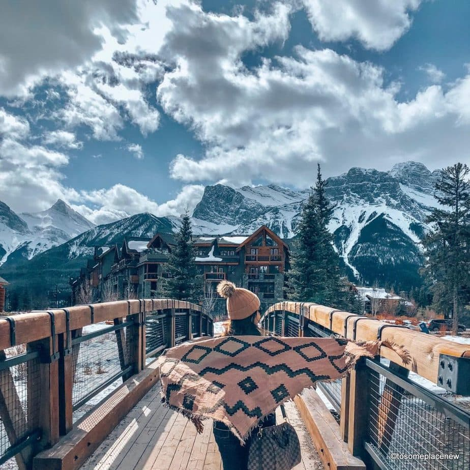 Canmore is a great alternative to staying in Banff. Amazing views of Canadian Rockies from anywhere in the town-site. This article features a quick guide to Canmore, Alberta