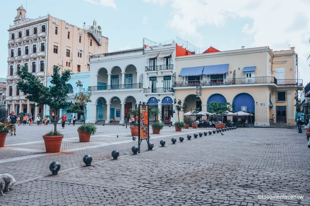 Old Havana Square. Beautiful pictures of Havana Cuba. Every street in Havana tells an interesting story. Include these stunning spots to your Cuba travel itinerary.
