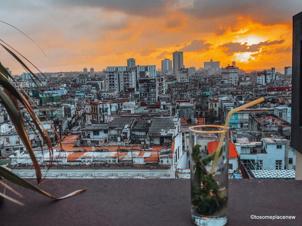 Sunset Views in Havana. Beautiful pictures of Havana Cuba. So you got 3 days in Havana? Make the most of it! Visit the UNESCO Heritage Site of Old Havana, learn about the revolution era, explore the Spanish quarters, wander along the waterfront and drink some daiquiris! Plan your perfect Havana Itinerary right here
