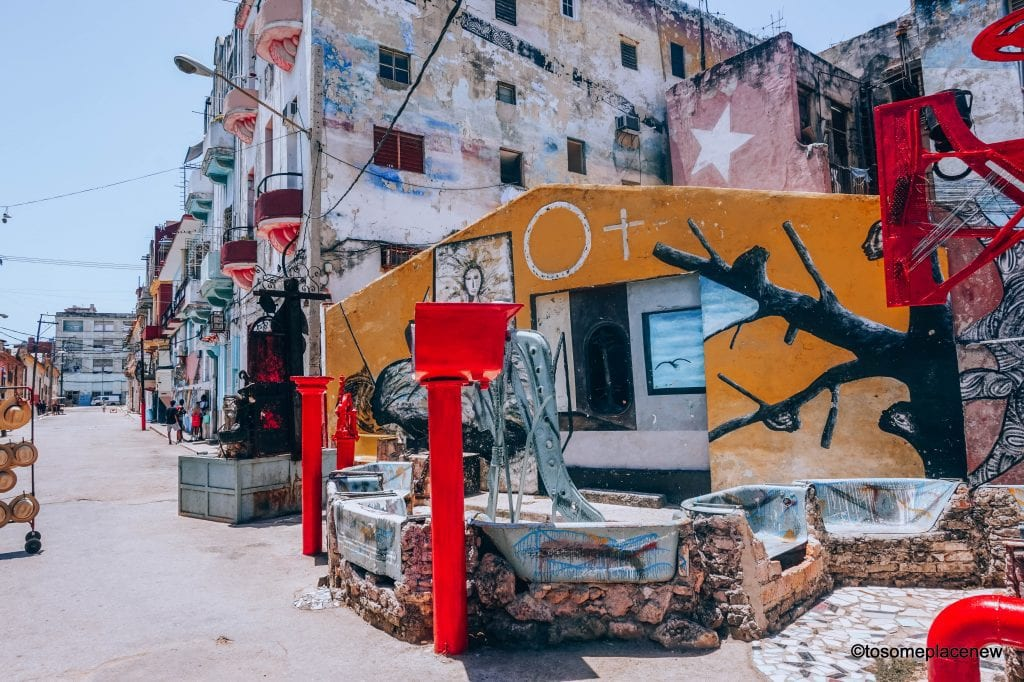 Artwork at the Hamel Alley. Beautiful Pictures of Havana Cuba. Havana is a photographer's dream and every street in Cuba showcases the interesting past, its beautiful people and amazing architecture #havana #cuba