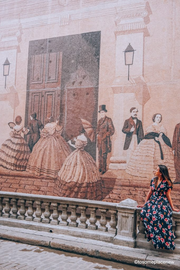 Mural in Cathedral Square Old Havana. Beautiful Pictures of Havana Cuba. Havana is a photographer's dream and every street in Cuba showcases the interesting past, its beautiful people and amazing architecture #havana #cuba