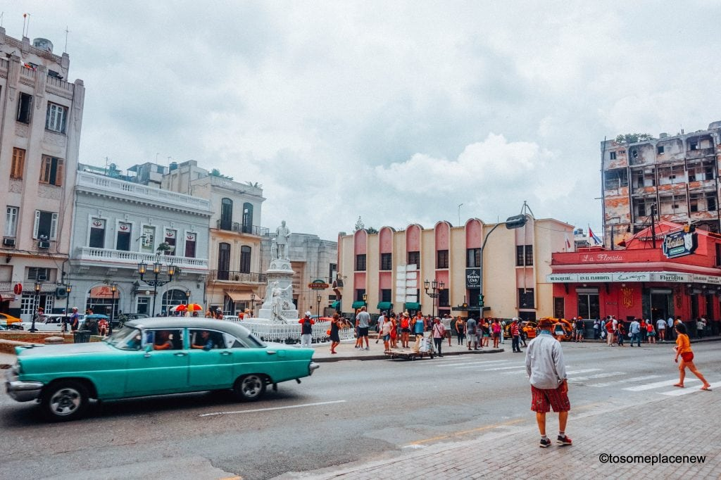 Beautiful pictures of Havana Cuba. The Ultimate guide to Havana Cuba is here! The one stop for all things Havana - sightseeing, local experiences, restaurants and other travel tips #havana