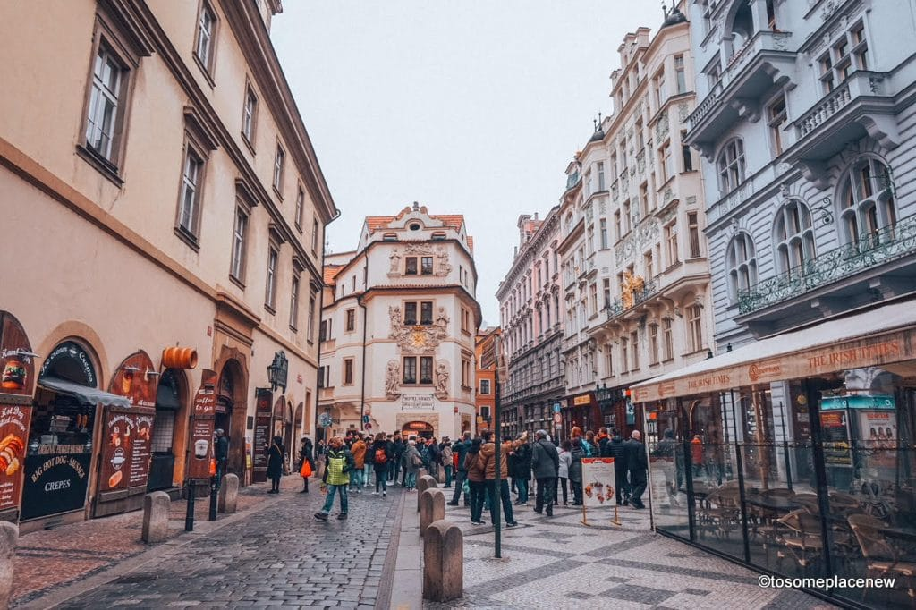 Scenes of Haval Market, tourists in Old Town Square in #Prague