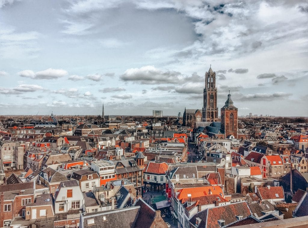 Get the list of best day trip from Brussels. Day Trips from Brussels include Bruges, Ghent, Antwerp, Cologne, Leuven, Waterloo, Paris, Amsterdam, Luxembourg, Dinant, Waterloo and so much more. Insider tips on tours, train duration and activities list. #brussels #brusselsdaytrips #belgium #europe #traveltips