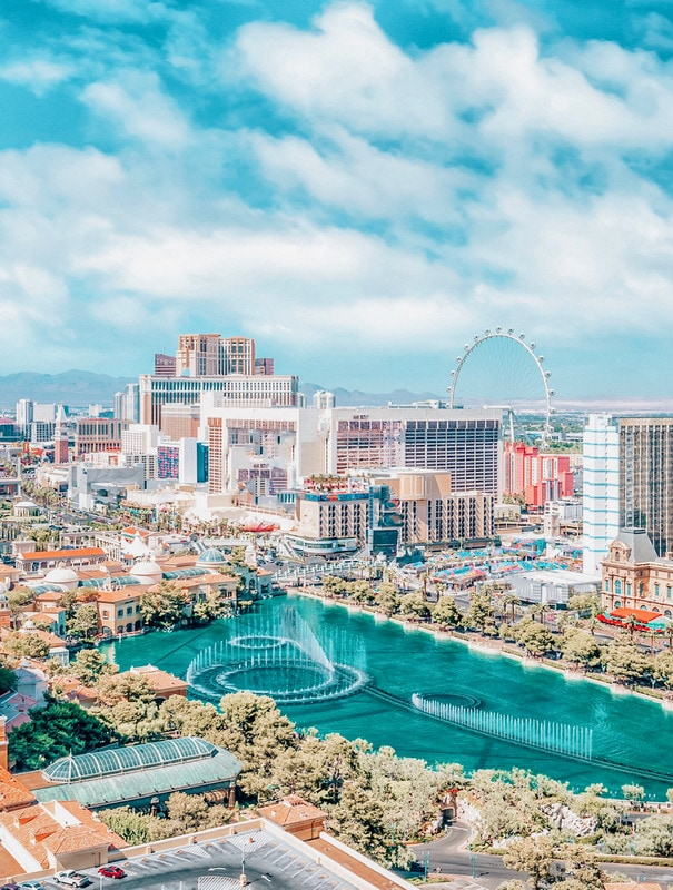 10+ Romantic Things to do in Las Vegas for Couples
