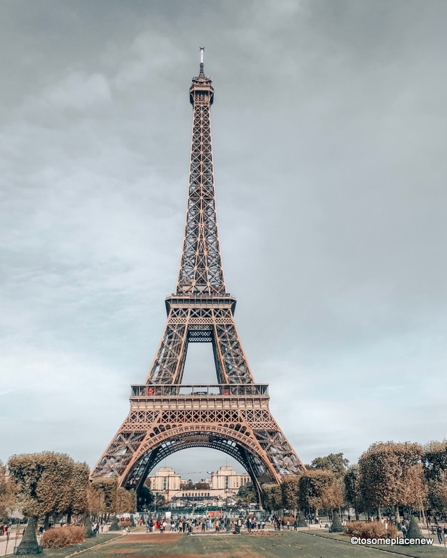 Eiffel Tower Paris. Perfect 4 day Paris Itinerary - Experience the best in sightseeing with things to do in 4 days in Paris, what to eat, where to stay and other travel tips