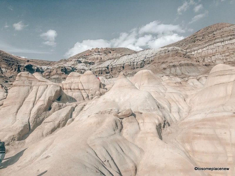Day trip from Calgary to Drumheller attractions - Top Things to do in Drumheller with Dinosaur Park, ghost towns, hoodoos, coal mine, suspension bridge