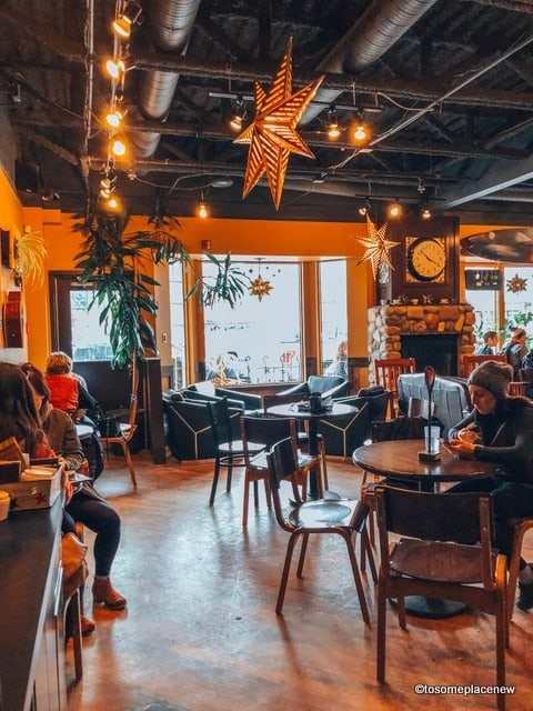 Where to eat in Banff - Good Earth Coffee house