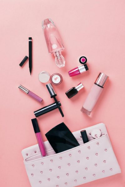 Travel Makeup kit essentials list