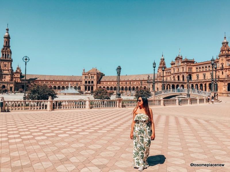 Plaza de Espanya in Seville