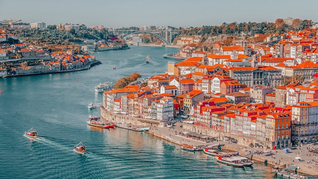 Porto - Day trips from Lisbon