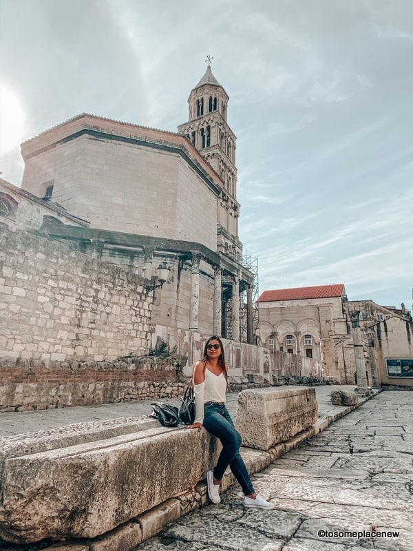 Best shoes for walking on cobblestones in Europe