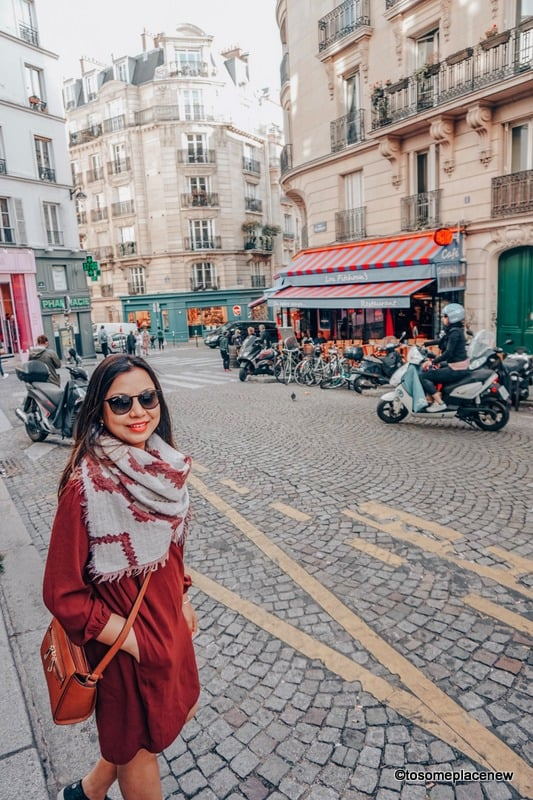 10 Best Travel Scarves for Women for every budget