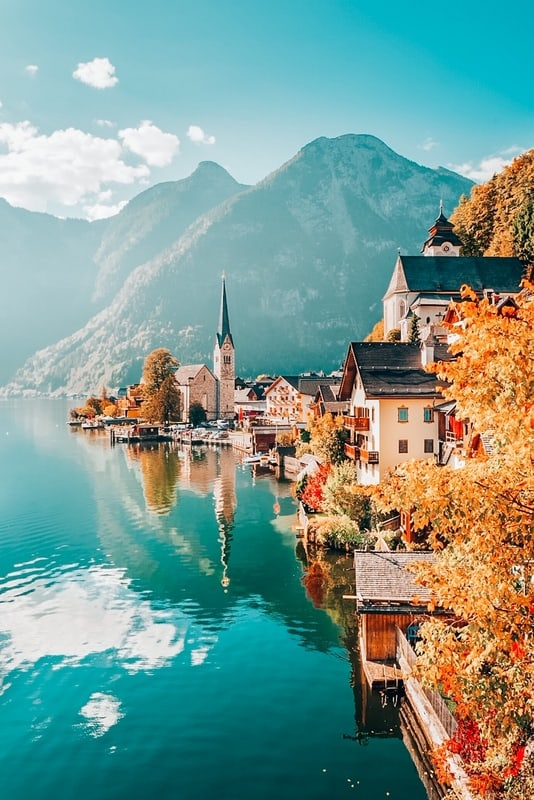 Hallstatt is the Most Beautiful places to visit in Austria Bucket list