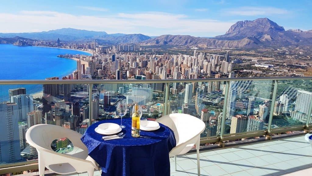 Alicante Airbnb in Spain