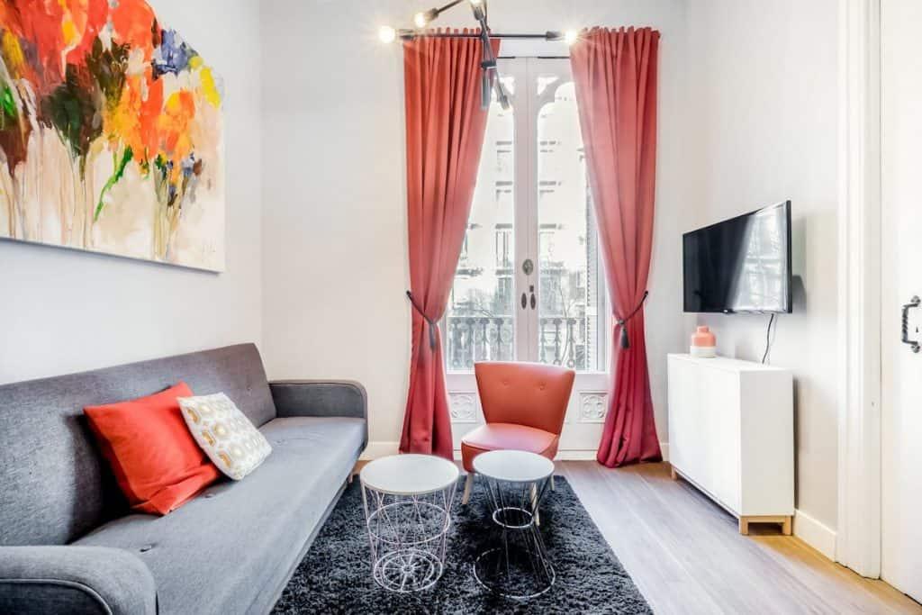 Barcelona central apartment rental