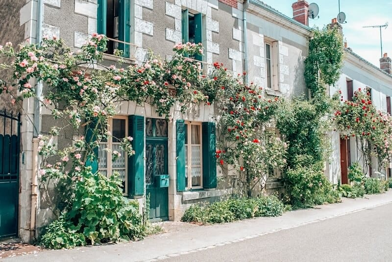 Beautiful houses in Chedigny France