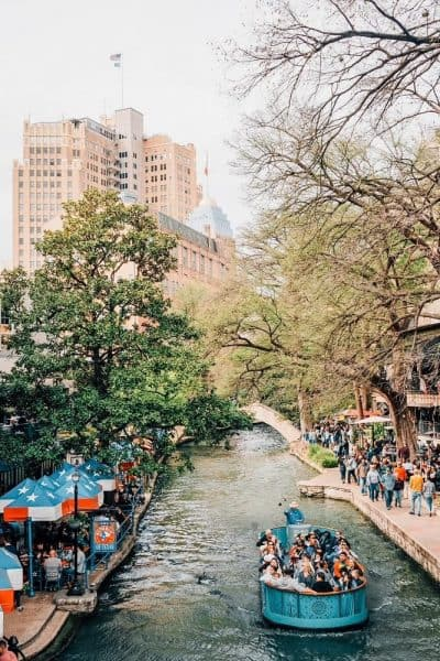 Spend one day in San Antonio by exploring Downtown and River Walk