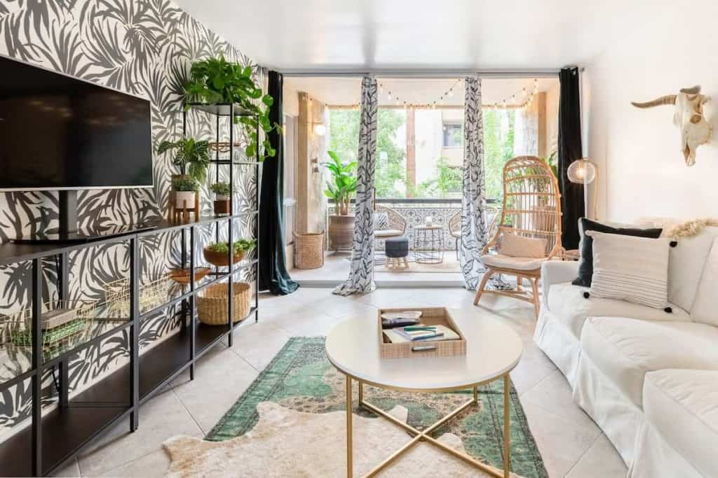 Beautiful living space The Fox Scottsdale Airbnb