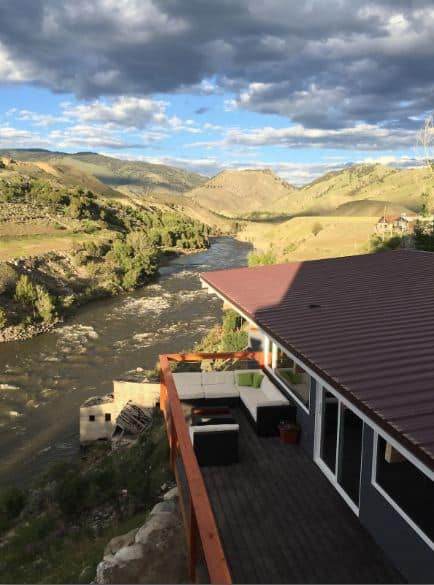 Airbnb near Yellowstone River