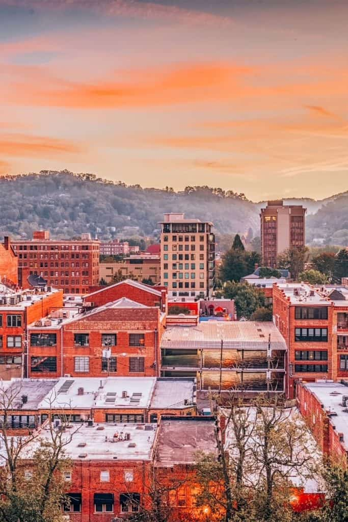 Views of Asheville: Airbnbs and neighbourhoods