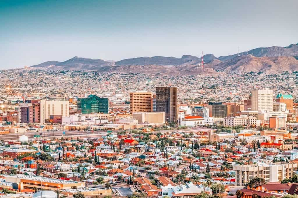 views of downtown El Paso Texas Airbnbs