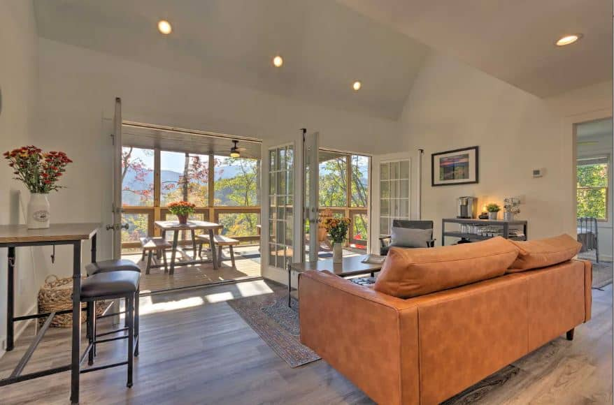 6 bedroom vacation home Airbnbs in North Carolina