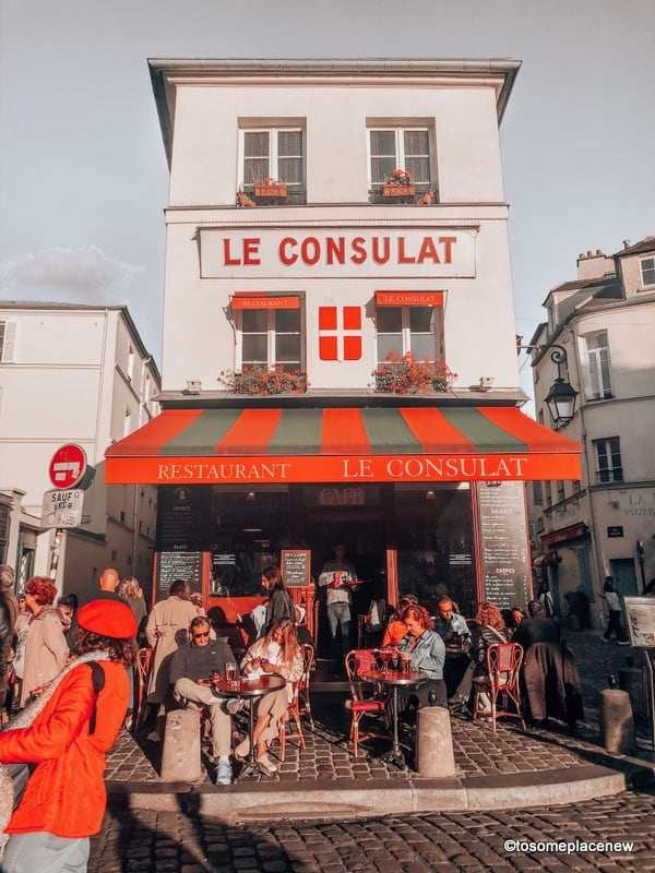 Le Consulat Cafe in Paris in the fall