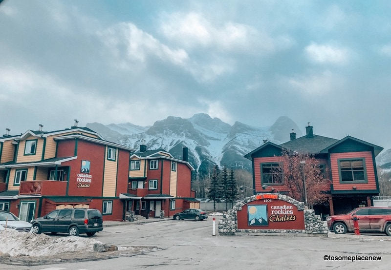 Chalets and hotels in Canmore