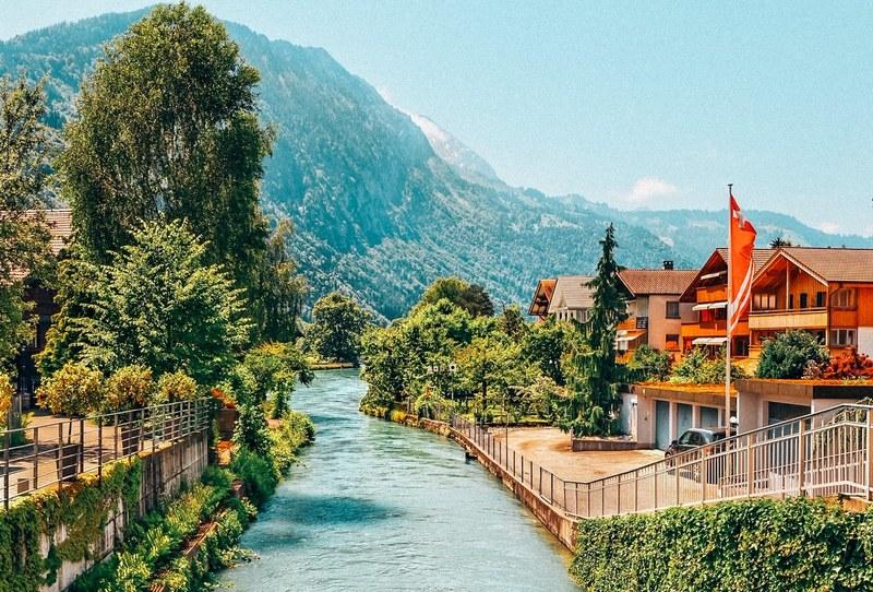 Road to Interlaken