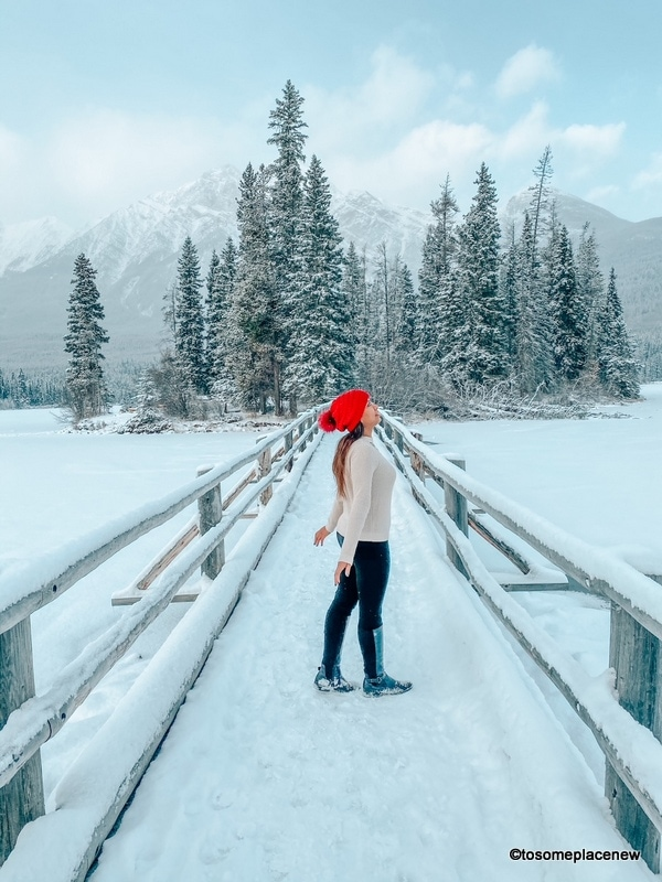 Guide To Packing For The Snow (And Look Cute)